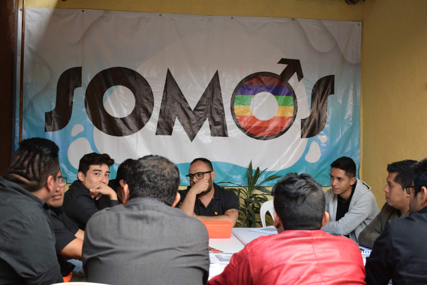 SOMOS works on the inclusion of LGBT+ people during elections in Guatemala.
