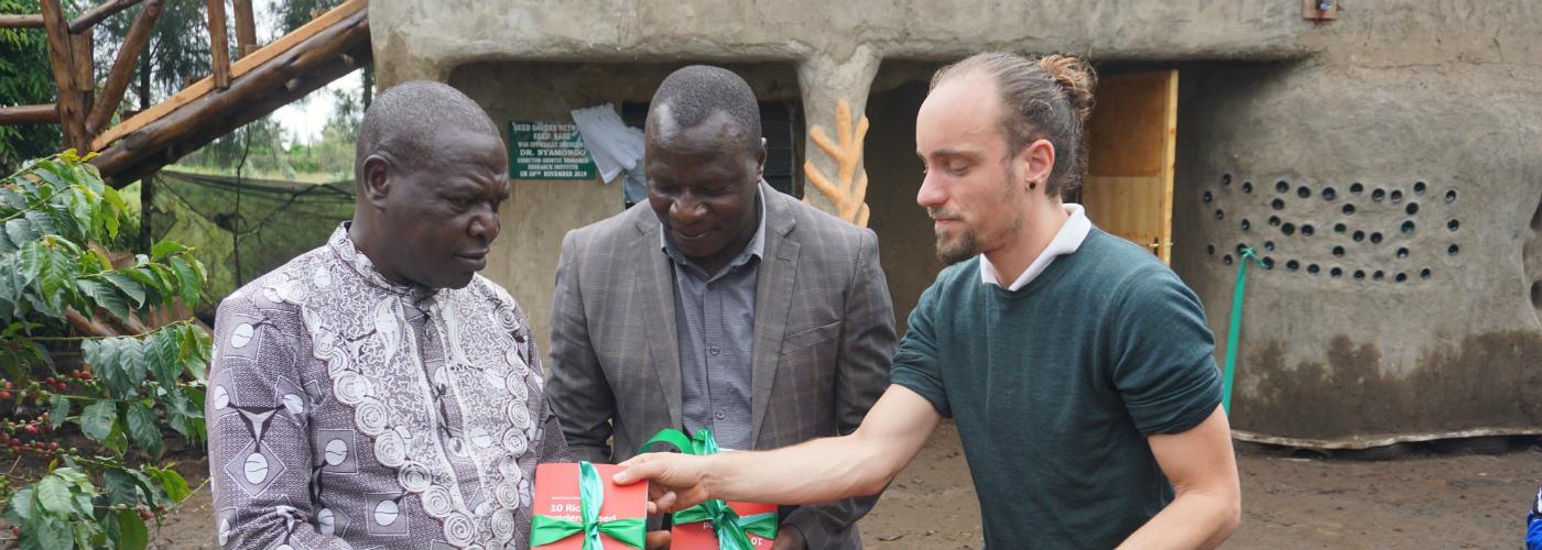 Presenting Hivos & Seed Savers
