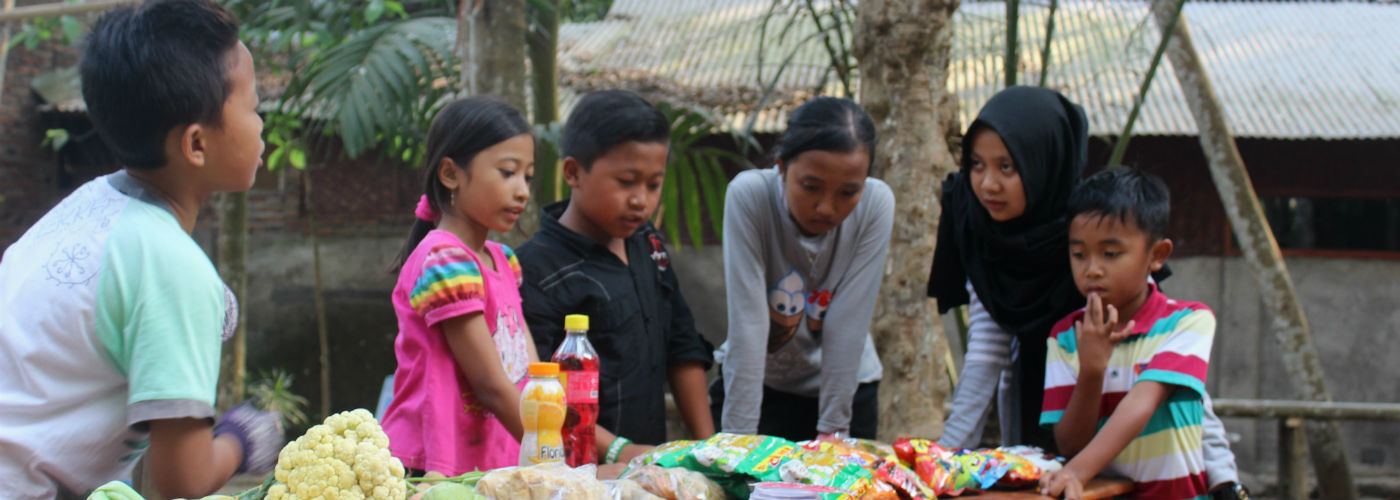 Discussing Food Diaries in Indonesia