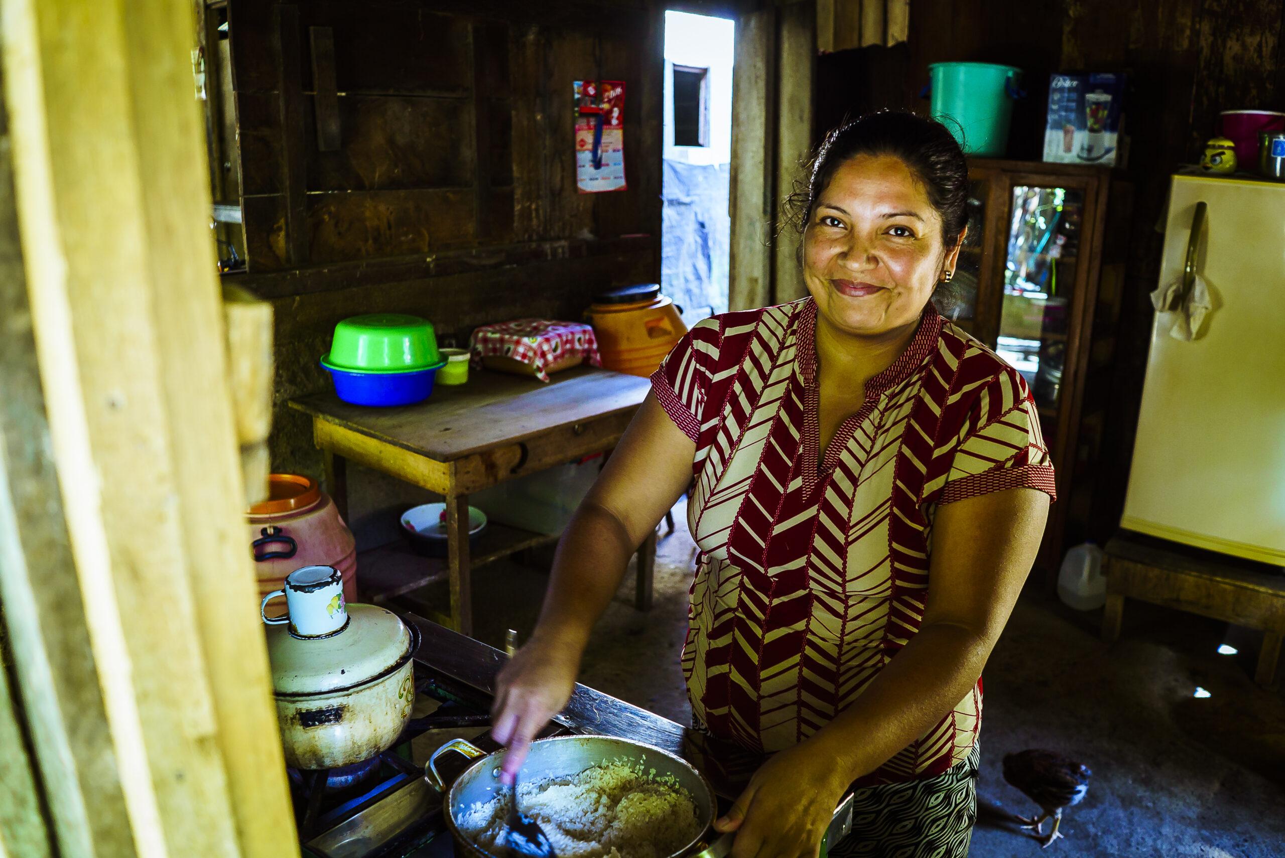 Luis-Biogas cooking